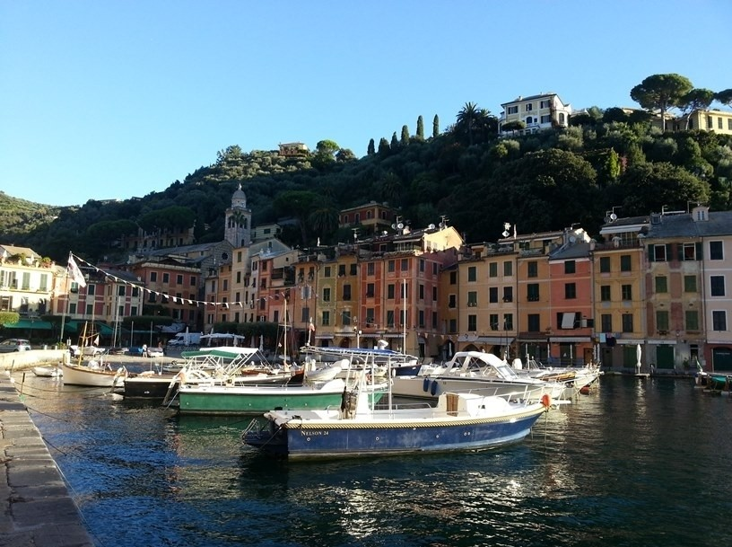 Transfer from Genoa Airport to Portofino - BLUERENTAL AUTONOLEGGIO
